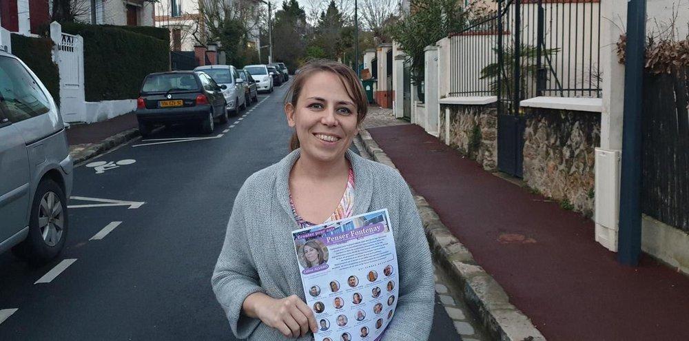 Liste Penser Fontenay: Céline Alvaro (Photo: le Parisien). Lors de l'entretien elle était accompagnée de Marie-Elisabeth Jouffre-Lecomte et Jean-Marie Gasselin.
